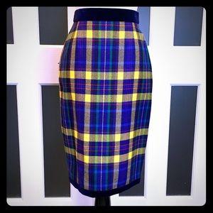 Escada plaid🎄pencil skirt with blue velvet detail